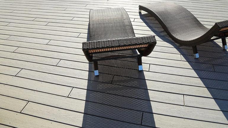 Comment entretenir une terrasse en composite?
