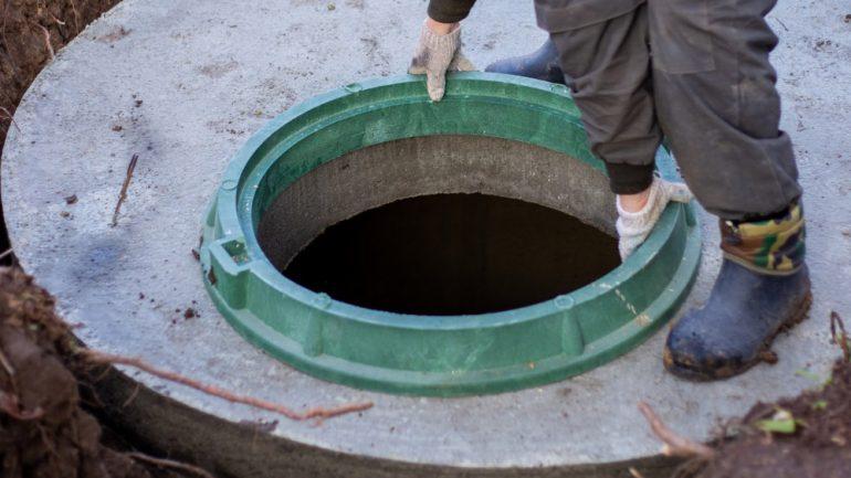 Cinq astuces pour réussir l'installation d'une fosse septique